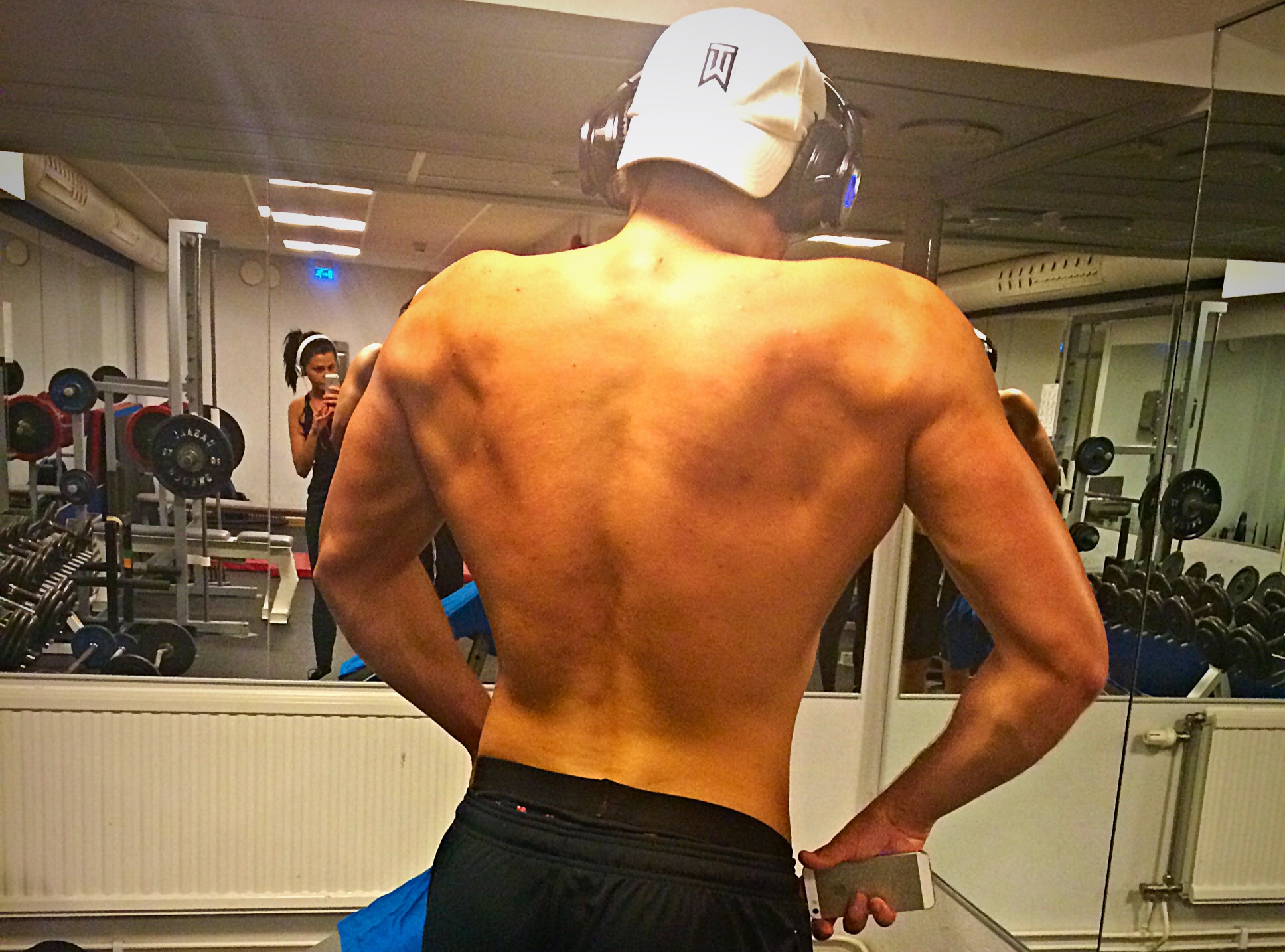 Bygga bred rygg